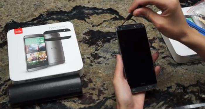Come smontare smartphone HTC One M8 nel video tutorial di iFixit