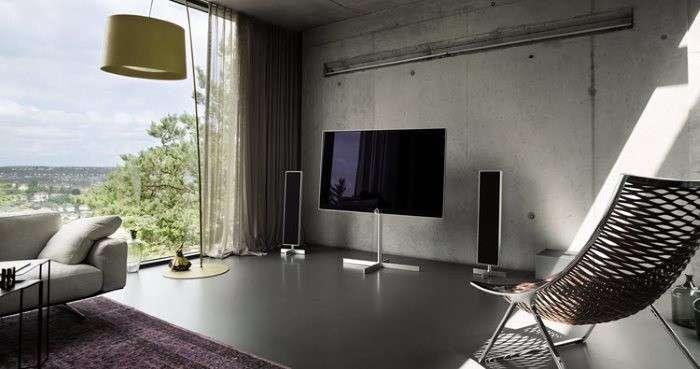 smart tv loewe reference uhd da 55 prezzi modelli 2015. Black Bedroom Furniture Sets. Home Design Ideas