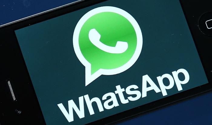 whatsapp testo grassetto corsivo barrato
