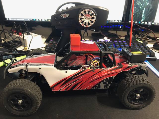 Eachine RatingKing F14 Buggy 4X4: recensione auto RC elettrica con telecamera FPV