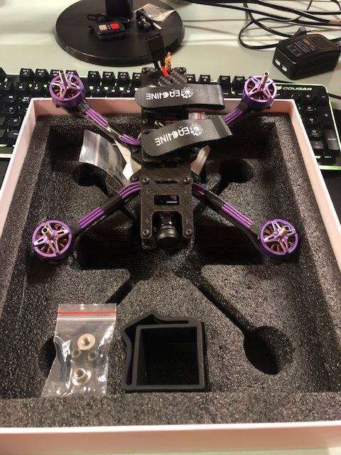 eachine x220hv come vola
